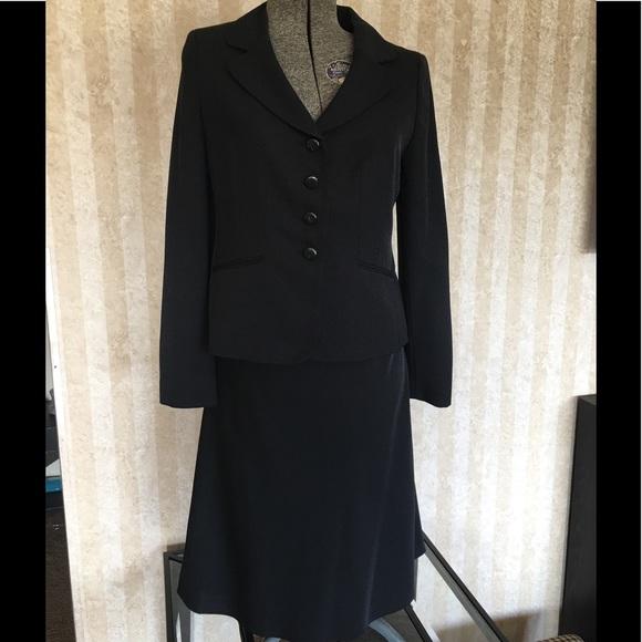LOFT Dresses & Skirts - Ann Taylor LOFT Suit